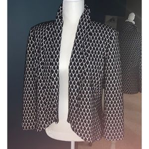 Soft and Cozy open face Blazer sz 8 lk NEW